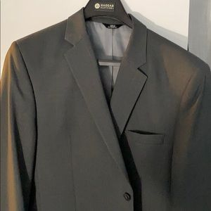 Haggar 2 Piece Charcoal Suit